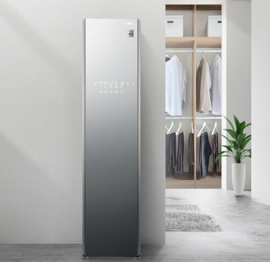 Dòng máy giặt khô LG STYLER TROMM, sử dụng công nghệ hơi nước và không khí khô